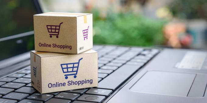 Symbolbild mit Einkaufskisten auf einem Tablet,
