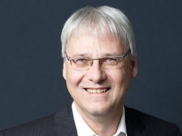 Dr. Thomas Kremer