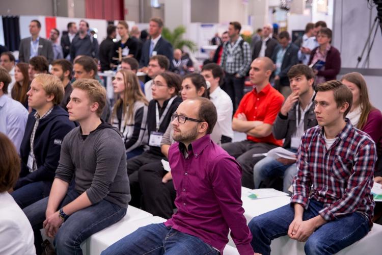 Über 50 Studenten waren aus ganz Deutschland für den DsiN-Messecampus angereist.