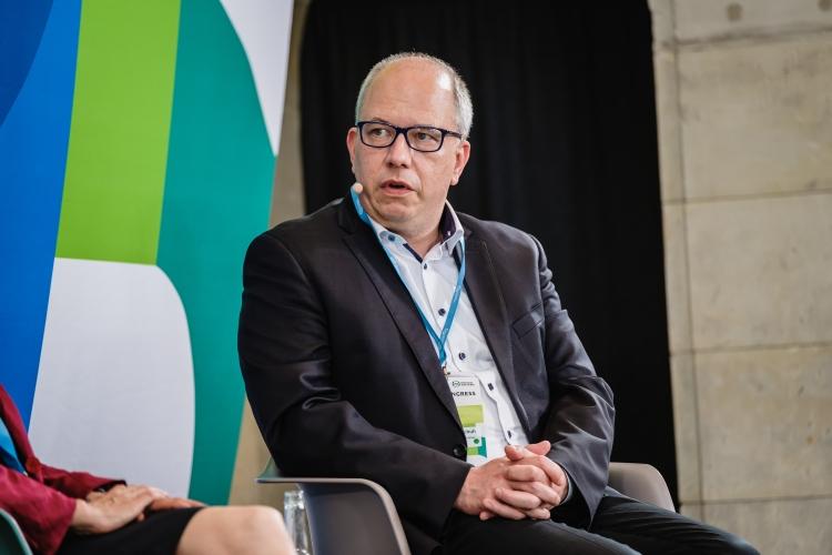 Alexander Handschuh, Sprecher DStGVB, auf dem DsiN-Jahreskongress 2021