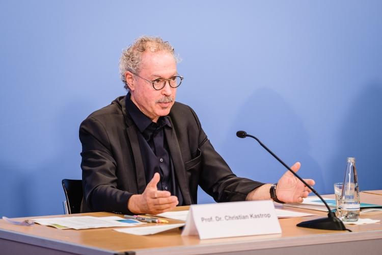 Vorstellung des DsiN-Sicherheitsindex 2021: Prof. Dr. Christian Kastrop (Staatssekretär BMJV)