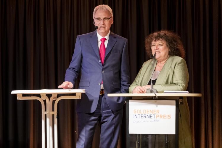 Gemeinsame Begrüßung durch Dr. Regina Görner, BAGSO, und Dr. Thomas Kremer, Deutschland sicher im Netz
