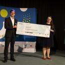 """Gewinner:innen der Kategorie """"Verein"""": """"ich bin hier e. V."""" mit ihrem Projekt gegen Hate Speech im Netz."""