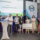 Alexander von Keller von Wettbewerbspaten Kaspersky Lab überreichte den 2. Preis von myDigitalWorld 2019