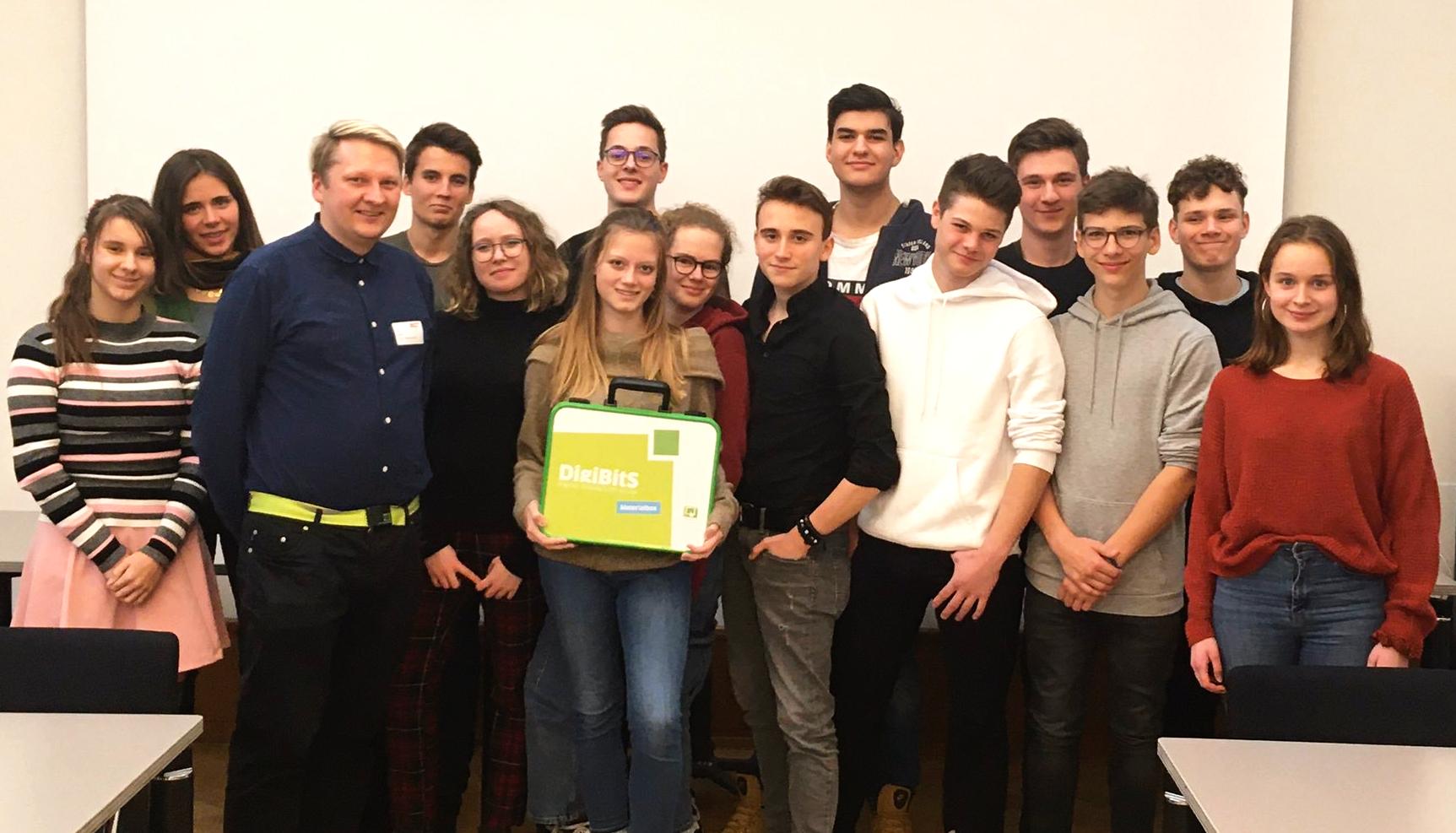 Der Landesschülerausschuss Berlin LSA beschloss auf seiner Sitzung, mit dem Bildungsprojekt DigiBitS - Digitale Bildung trifft Schule von Deutschland sicher im Netz zu kooperieren